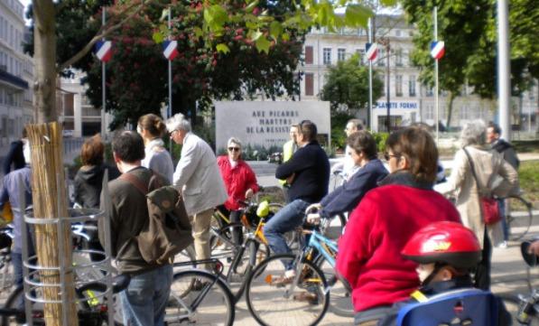 """Photo prise pendant la """"Balade de la Résistance"""" à Amiens en mai 2019."""